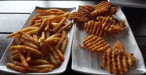 Annys Fine Burger Waffle Fries And Cajun Fries (12-12-2015)