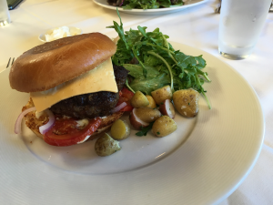 Winesellar Brasserie Burger With Cheddar (6-15-2016)