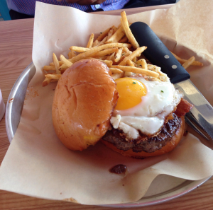 Grub Burger Bar Morning Glory Burger (8-30-2016)